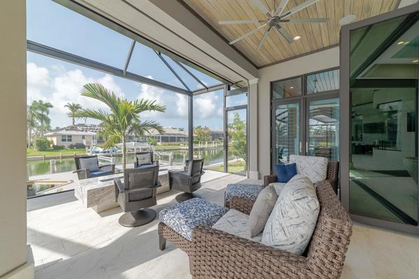 Guide to Outdoor Entertaining from Naples FL Custom Home Builders